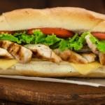 Panini e baguette gustosi e preparati con prodotti di prima scelta!